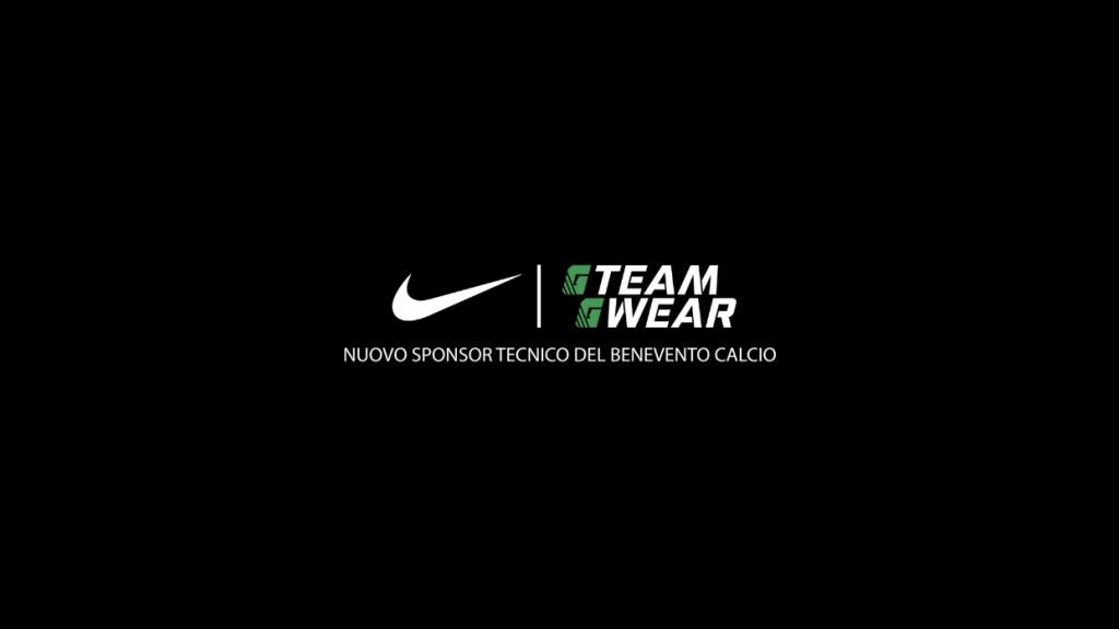 nike-nuovo-sponsor-tecnico-dei-giallorossi